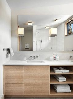 bathroom furniture 6 Ideas For Creating A Minimalist Bathroom // Dont Over Store -- Keeping empty space empty and only using what you really need is essential to achieving minimalism in the bathroom. Laundry In Bathroom, Master Bathroom, Bathroom Storage, Vanity Bathroom, Bathroom Shelves, Bathroom Pink, Bathroom Small, Wood Bathroom, Vanity Mirrors