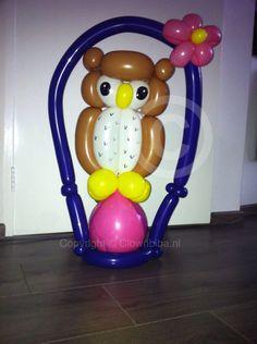 Clownbiba.nl; Uil van ballonnen gemaakt naar een voorbeeld van internet.