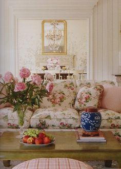 Hydrangea Hill Cottage: Rooms in Bloom