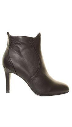 Sofie Schnoor - S163720 - Sort støvlet med slank hæl