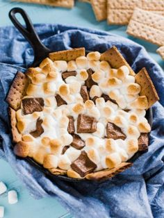 Grilled S'more Dip, 101 Stress Free Camping Food Ideas Camping Foil Meals, Camping Snacks, Camping Recipes, Grilling Recipes, Breakfast Recipes, Snack Recipes, Dessert Recipes, Breakfast Snacks, Recipes Dinner