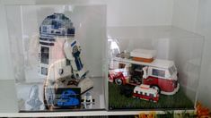 Introduction Hi! I am going to show you how to make an acrylic display case. Its real easy to do and also much cheaper than getting it custom-made by shops. You can choose the types, colours and si… Lego Display Case, Plastic Display Cases, Acrylic Display Case, Small Bedroom Storage, Diy Storage, Storage Ideas, Wall Decor Design, Acrylic Box, Small Boxes