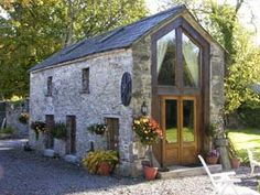 O.O. O. http://www.imagineireland.com/Meath-cottages/Ardcath-Bettystown-Coast-7123.asp