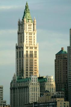 woolworth building   The Woolworth Building: The Power of Nickel and Dimes