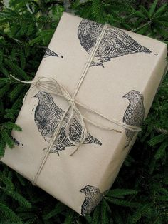 and a partridge in a pear tree...make my own wrapping paper this Christmas? - maybe.