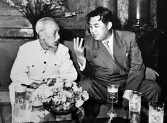 Kin Il Sung and Ho in Hanoi photographer Unidentified Socialist Vietnam and Korean leaders Ho Chi Minh and Kim Il Sung 호지명 김일성 North Vietnam, North Korea, Vietnam War, Military First, Cult Of Personality, Workers Party, Human Rights Issues, Vietnam History, Rare Images