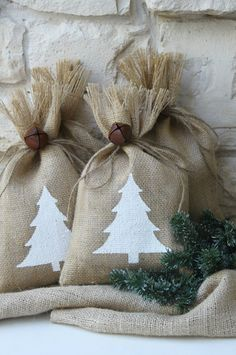 """Burlap Gift Bags, Set of FOUR, 7"""" X 11"""", White Christmas Tree, White and Natural, Rustic Jingle Bell Tie On, Shabby Chic Wrapping."""