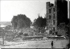 Anadoluhisarı - 1920'ler (Kale içindeki park henüz yapılmamış) Old Photos, Monument Valley, Istanbul, The Past, Nature, Travel, Painting, Pictures, Old Pictures