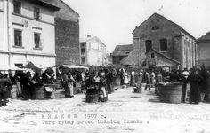 Krakow, Poland, 1907, The marketplace, next to the Izaaka synagogue.