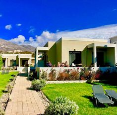 Family holidays ! Lcd Television, Two Bedroom Suites, Double Beds, All Over The World, Minimalism, This Is Us, Environment, Relax, Holidays