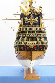 Saved by Stephen Lok Soleil Royal Make A Boat, Build Your Own Boat, Float Your Boat, Wooden Model Boats, Scale Model Ships, Model Ship Building, Hms Victory, Boat Kits, Trinidad