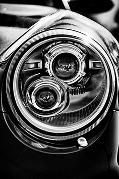 Eye of the 911 BW