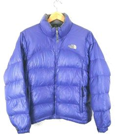 The North Face Womens Size M Purple 700 Fill Puffer Jacket Down North Face Women, The North Face, Puffer Jackets, Winter Jackets, Jackets For Women, Sweaters For Women, North Face Sweater, Zip Sweater, Tweed Jacket