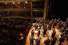 Na quarta-feira, dia 25, a Orquestra Sinfônica do Recife faz concerto no Teatro de Santa Isabel, a partir das 20h. A entrada é Catraca Livre, e os ingressos devem ser retirados uma hora antes da apresentação.