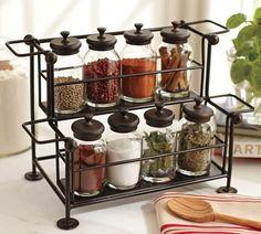 Think big! - antieke kruidenpotjes voor in  onze moderne keuken. combineren!