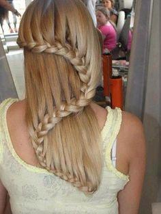 S braid hairstyle