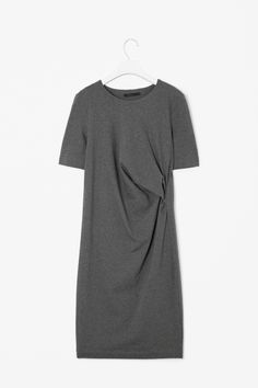COS - Side gathered jersey dress €59,00