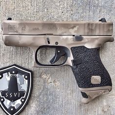 So gorgeous 💦💦💦 (posted and grip work done by cerakote done by Glock Mods, Glock 9mm, Tactical Equipment, Tactical Gear, Shooting Guns, Firearms, Shotguns, Revolvers, Cool Guns