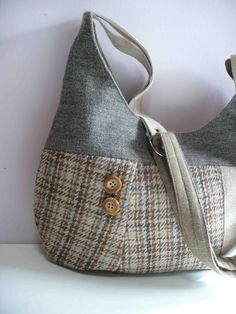 Harris Tweed Bag in Oatmeal and Cinnamon Plaid. $98.00, via Etsy.