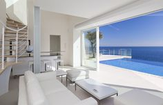 On the Côte d'Azur, a Small but Airy House - NYTimes.com. Not actually a Pebbles apartment...but a very nice addition to Cap Ferrat! #CapFerrat #Cotedazur #Luxury #Apartment
