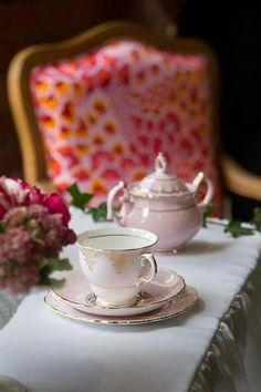 China, teapot and a pretty chair... ahhhh....