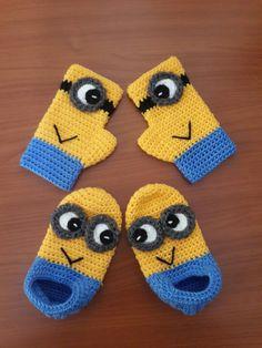 Crochet Dog Sweater, Crochet Baby Beanie, Crochet Baby Boots, Crochet Shoes, Knit Crochet, Booties Crochet, Baby Booties, Crochet Gloves Pattern, Crochet Amigurumi Free Patterns