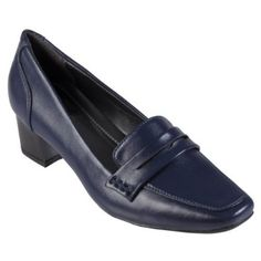 Hailey Jeans Co Womens Faux Leather Square Toe Loafers Hailey Jeans Co.. $16.99
