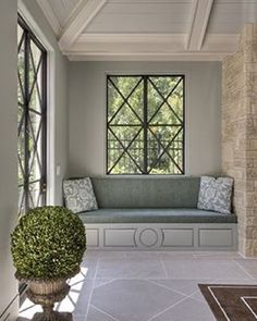 #BPHloves a beautiful #windowseat and the one in this oh so elegant space found on #Pinterest is no exception #windowlove #boxwoodlove