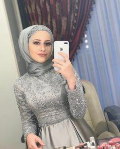 Hijab Gown, Hijab Evening Dress, Hijab Style Dress, Evening Dresses, Hijab Outfit, Modern Hijab Fashion, Muslim Fashion, Modest Fashion, Fashion Dresses