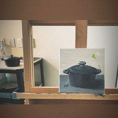 "Joy Liu on Instagram: ""🎨 #oilpainting #lecreuset #asadclaw #setpainting  #stilllifepainting #kitchenware #friday #paintingpractice #kitchen #art  #mood…"" Kitchen Art, Interesting Stuff, Friday, Joy, Painting, Instagram, Home Decor, Decoration Home, Room Decor"