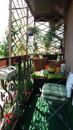 We Must Know The Balcony Decoration Skills Page 34 Of 58 We Must Know The Balcon Small Balcony Design, Small Balcony Garden, Small Terrace, Terrace Design, Balcony Ideas, Balcony Gardening, Design Apartment, Apartment Balcony Decorating, Apartment Walls