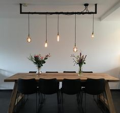 The Lightbar. An elegant, minimalistic and industrial lamp at the same time - Dutch Design Lamp. Great industrial lamp for above the table, kitchen or in the hallway. You will f - Living Room Modern, Interior Design Living Room, Living Room Designs, Living Room Decor, Bar Lighting, Home Lighting, Edison Lighting, Dining Lighting, Dinner Room