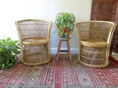 Vintage Wicker Chair Boho Style Rattan Pair by SoulfulVintage Wicker Chairs, Rattan, Peacock Chair, Mid Century Furniture, Table Furniture, Boho Style, Boho Fashion, Retro, Board