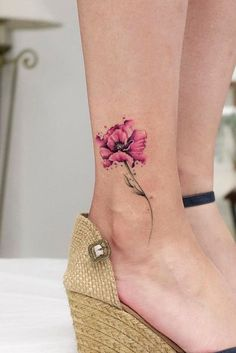 51 Gorgeous Looking Watercolor Tattoo Ideas Tattoos - flower tattoos designs - - 51 Gorgeous Looking Watercolor Tattoo Ideas Tattoos – flower tattoos designs Flower Tattoo Designs 51 Wunderschön aussehende Aquarell Tattoo Ideen Tattoos Ankle Tattoo Designs, Ankle Tattoo Small, Small Flower Tattoos, Design Tattoo, Flower Tattoo Designs, Small Tattoos, Tattoo Floral, Flower Ankle Tattoos, Realistic Flower Tattoo