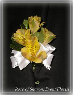 Alstroemeria lily corsage (available in white)