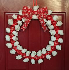 What a great decoration that doubles as a gift for a pet lover!