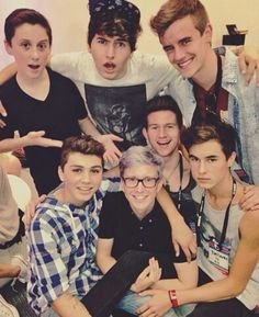 O2l and Tyler Oakley, possibly the most perfect combination, besides Troyler...