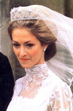 Lady Penelope Romsey wearing the Mountbatten Star Tiara, United Kingdom (pearls, diamonds).