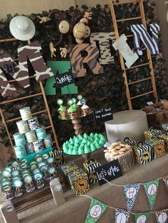 Elizabeth G's Birthday / Safari - Photo Gallery at Catch My Party Jungle Theme Birthday, Safari Theme Party, Safari Birthday Party, Animal Birthday, 1st Boy Birthday, Boy Birthday Parties, Jungle Party, Birthday Ideas, Zoo Da Zu
