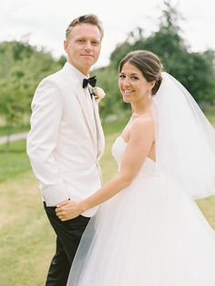 Contemporary Chic London Wedding at Fulham Palace - MODwedding