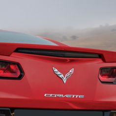 Corvette Spoiler Kit Blade Spoiler, Long Beach Red:Customize the appearance of your Corvette Stingray with a matching body-color Blade Spoiler Kit that takes the color scheme a step further. It replaces the standard black spoiler.