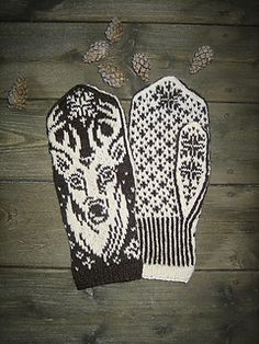 Ravelry: Deer Portrait pattern by Natalia Moreva Mittens Pattern, Harry Potter Crochet, Hobo Purses, Bee Happy, Knit Picks, Garter Stitch, Ravelry, Knitting Patterns, Deer