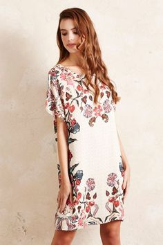 Like the the tunic style, flowy and pattern - not colours - anthropologie.eu