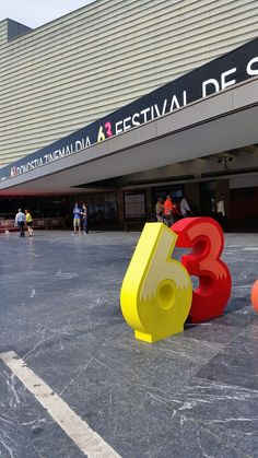 #63SSIFF #donostia #sansebastian #zinemaldia #festivaldecine #cine #festival #basquecountry #spain #paisvasco Basque Country, International Film Festival, Spain, Outdoor Decor, Film Festival, Sevilla Spain