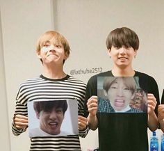 Is this a taekook moment? I fkn love taekook, namjin, and yoonmin Bts Memes, Vkook Memes, Foto Bts, Bts Photo, Taekook, Bts Jungkook, 17 Kpop, Boy Band, Bts Love