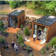 Top 20 Shipping Container Home Designs - Ask Love Tiny House Cabin, Tiny House Living, Tiny House Design, Tiny Cabins, Tiny House Village, Tiny Guest House, Building A Tiny House, Prefab Tiny Houses, Small Prefab Homes