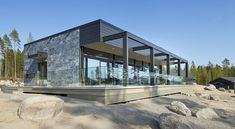 Naava Resort Spa, moderni ekopuutalo luonnonkiviverhouksella   Honkatalot   Polarkivi