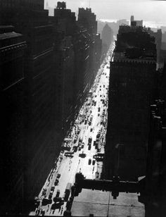 Seventh Avenue looking north from 35th Street, Manhattan, 1935.
