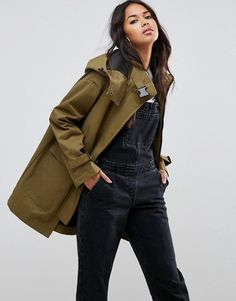 Buy ASOS Parka with Funnel Neck and Buckles at ASOS. With free delivery and return options (Ts&Cs apply), online shopping has never been so easy. Get the latest trends with ASOS now. Ladies Hooded Coats, Coats For Women, Jackets For Women, Green Parka, Cold Weather Fashion, Funnel Neck, Military Fashion, Military Style, Lightweight Jacket