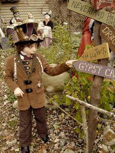 Steampunk Alice in Wonderland!